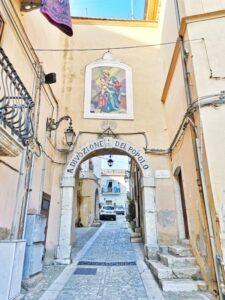 Arco della Madonna (Candela, FG)